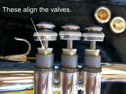 Flugelhorn valve alignment guide